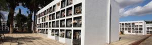 control de aforo entre las medidas en los cementerios de espana